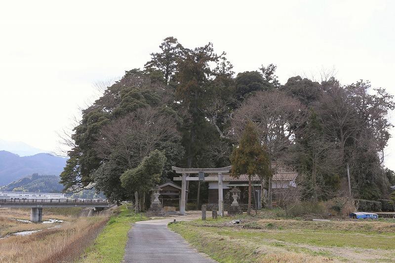 亀井公園と亀山城伝説3